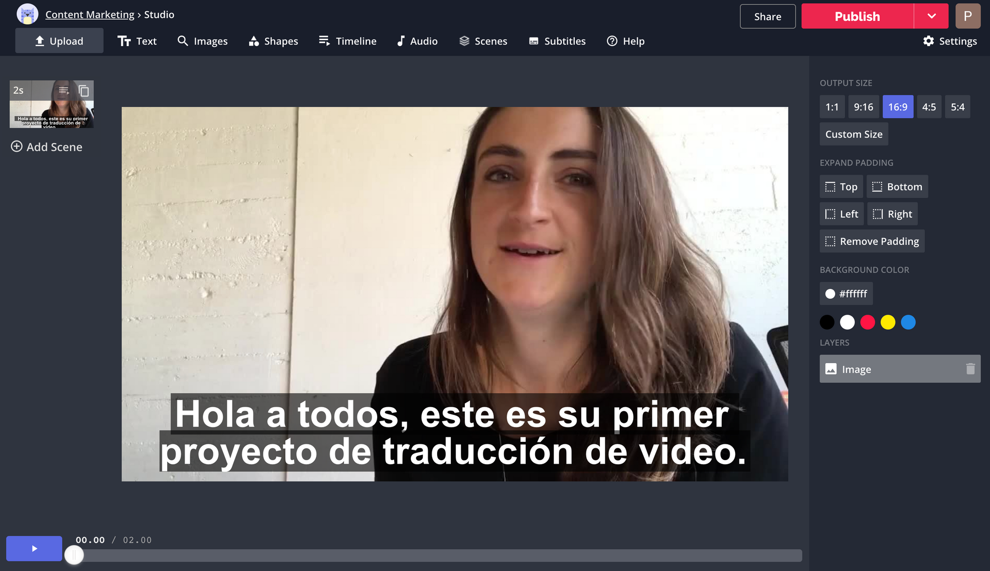 A screenshot of the Kapwing Studio, with a video subtitled in Spanish.